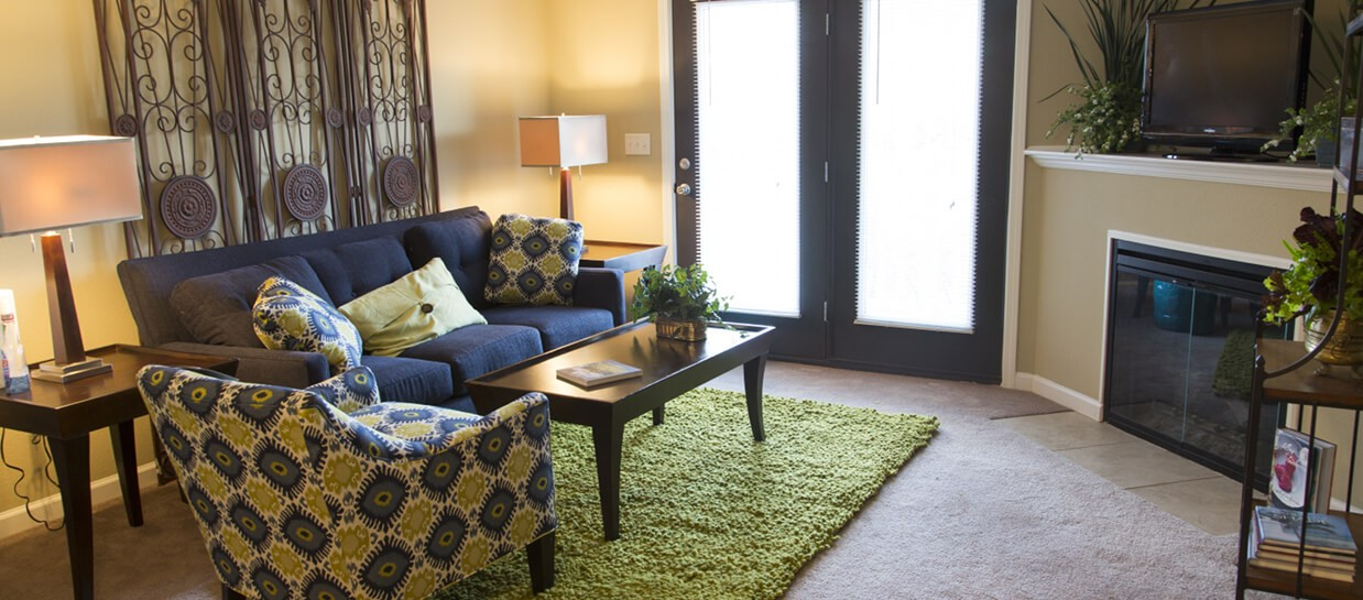 Bay Breeze furnished apartments living room